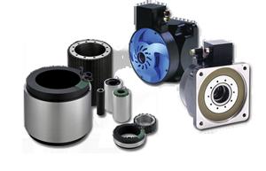 Silniki momentowe marki Kollmorgen serii KBM bez obudowy oraz serii DDR w obudowie
